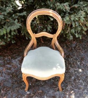Where to find Vintage Dining Chairs- Mint in San Francisco