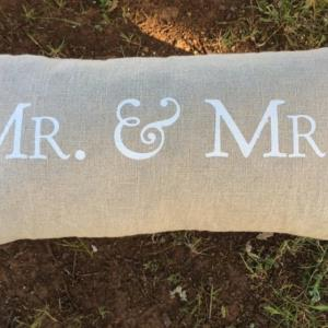 Where to find Mr.   Mrs. Pillow in San Francisco
