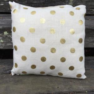 Where to find Polka Dot Pillows in San Francisco
